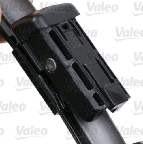 Ford S-Max 2006-2014-ig első ablaktörlő lapát készlet, méretpontos, gyári csatlakozós, Valeo VM480  574680